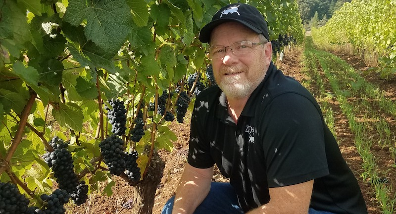 Business Spotlight: Zimri Cellars Continues to Offer Personal Contactless Wine Deliveries in Oregon